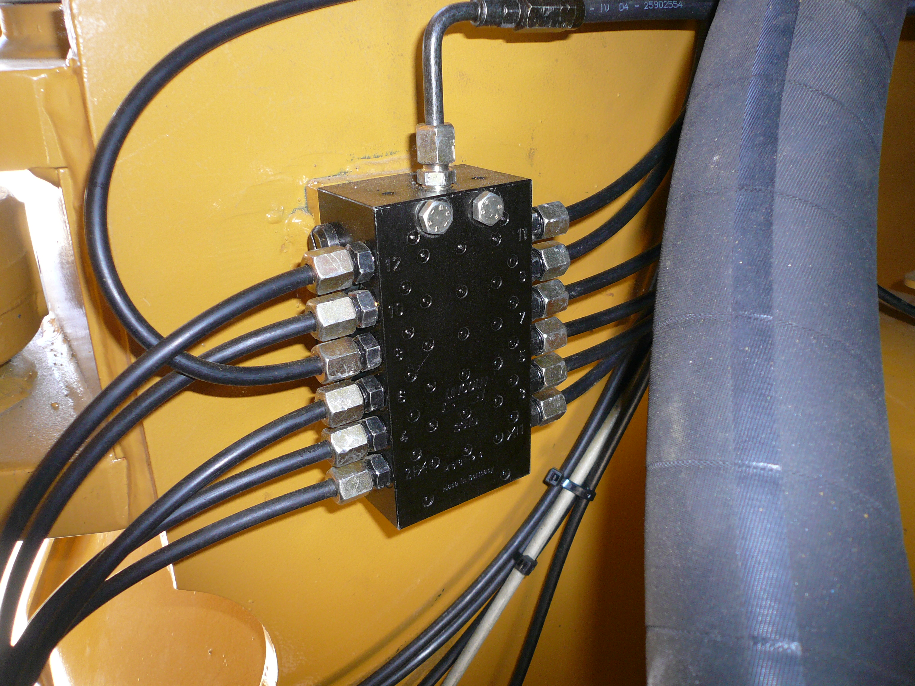 equipements hydrauliques tp speed flex. Black Bedroom Furniture Sets. Home Design Ideas